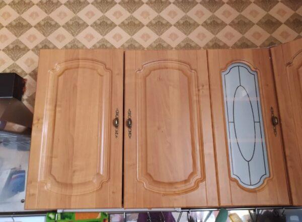Нашла способ, как избавиться от жира на верхних шкафах кухни. Теперь все знакомые берут с меня пример