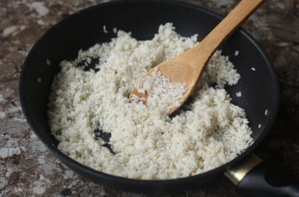 Перестал варить рис на гарнир в кастрюле с водой! Готовлю так: рисинка к рисинке и намного вкуснее