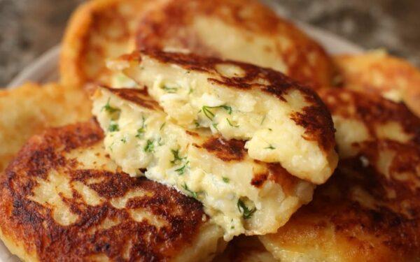 Когда остается вареный картофель, готовлю «Птичье молоко»: мой рецепт самых вкусных и сочных картофельных котлет